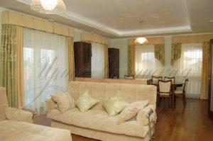 фото красивых штор для гостиной в классическом стиле