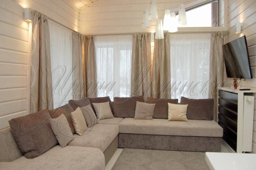 шторы для гостиной в загородном доме