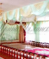 бирюзовые легкие шторы для актового зала